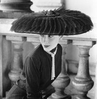 Legroux Soeurs' Hat © Norman Parkinson - Eduard Planting Gallery